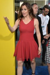 Jennifer Garner – 'Nine Lives' Premiere in Hollywood 8/1/2016