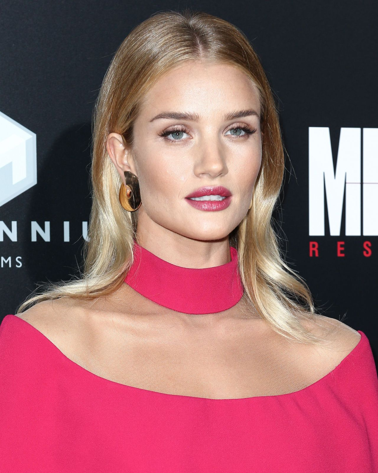 Rosie Huntington-Whiteley – 'Mechanic: Resurrection ... Rosie Huntington Whiteley
