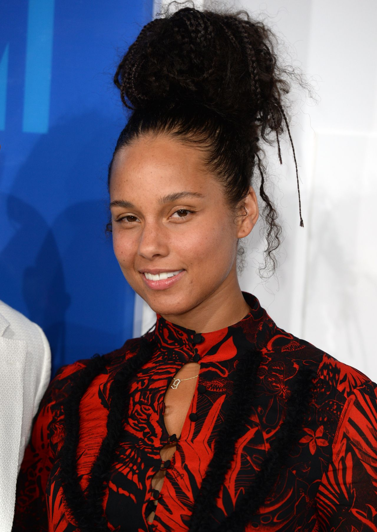 Alicia Keys – MTV Vi... Alicia Keys