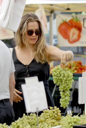 Alicia Silverstone - Studio City Farmer