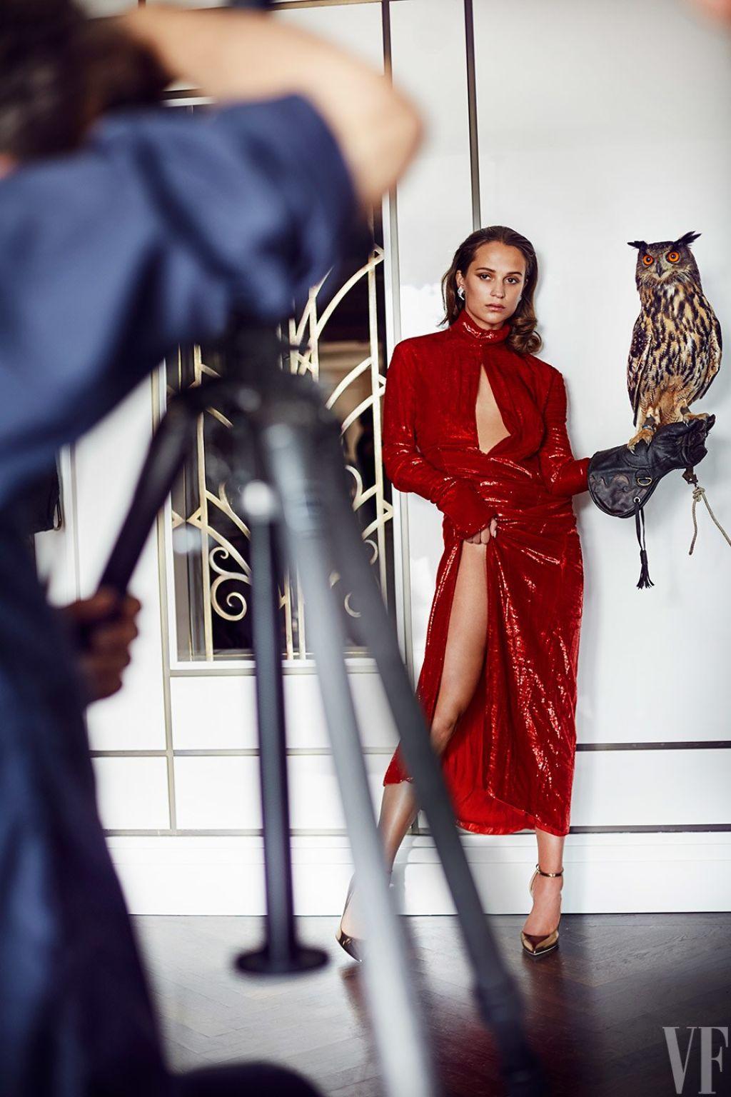 Alicia Vikander Photoshoot Amp Bts For Vanity Fair September 2016