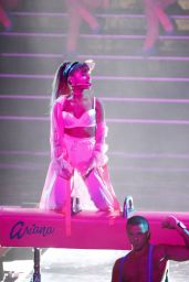 Ariana Grande Performs at MTV Video Music Awards 2016 in NYC