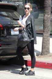 Ashlee Simpson - Leaving a Gym in Studio City 8/5/2016