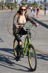 Bella Thorne - Riding Bike Around Los Angeles 8/13/2016
