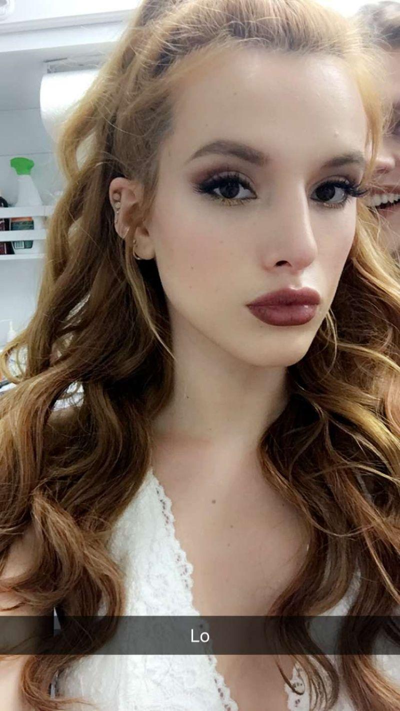 Bella Thorne Social Media Photos July 2016