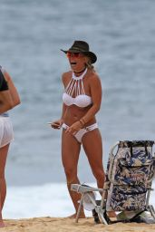 Britney Spears in Bikini, Hawaii, August 2016