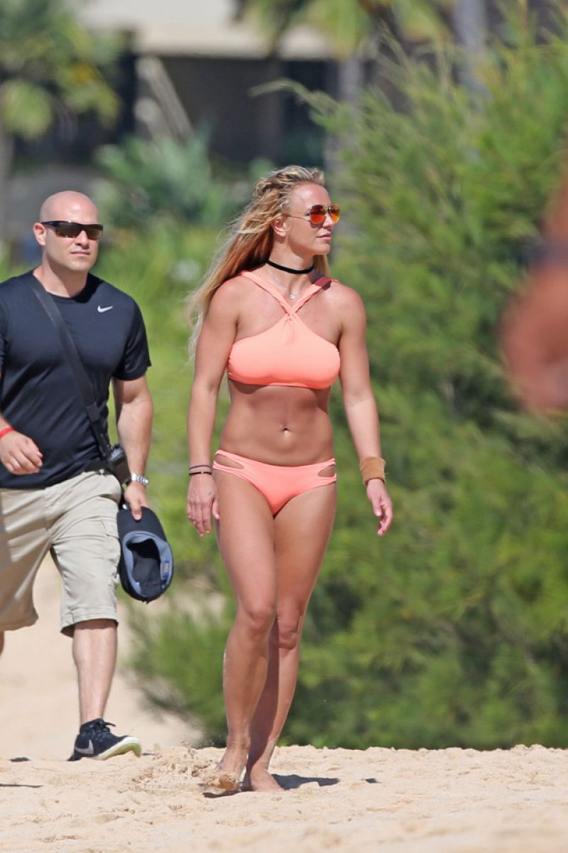 Britney spears sunbathing orange bikini, sexy hardcore hand job
