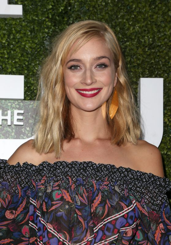 Caitlin Fitzgerald – CBS, CW and Showtime Summer TCA Press Tour in West Hollywood 8/10/2016