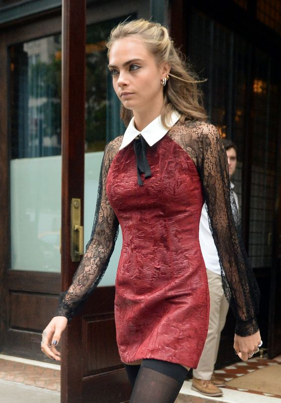 Cara Delevingne Fashion Style - Leaving Her Hotel in NYC 8/1/2016