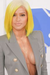 Cassie – MTV Video Music Awards 2016 in New York City 8/28/2016