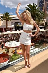 Charlotte McKinney at Encore Beach Club And Intrigue Nightclub in Las Vegas 8/6/2016
