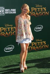 Charlotte Ross – 'Pete's Dragon' Premiere in Hollywood 8/8/2016