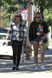 Chloe Grace Moretz - Out in Sherman Oaks 8/17/2016