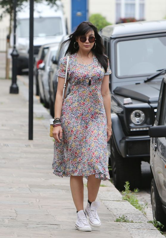 Daisy Lowe Casual Style - Out in London 8/18/2016