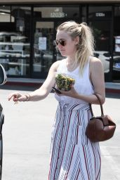 Dakota Fanning - Leaves a Friends House in Los Angeles 08/05/2016