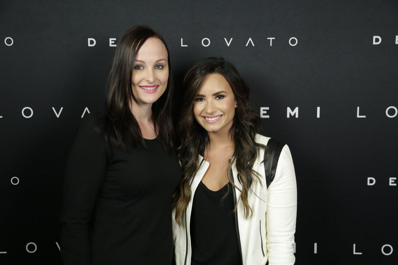 meet and greet demi lovato wonderland magazine