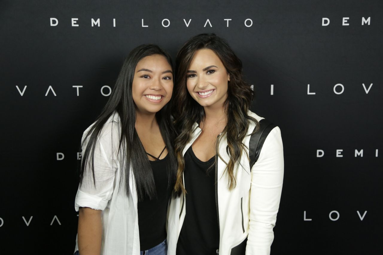 Demi Lovato Meet Greet In Vancouver 8242016