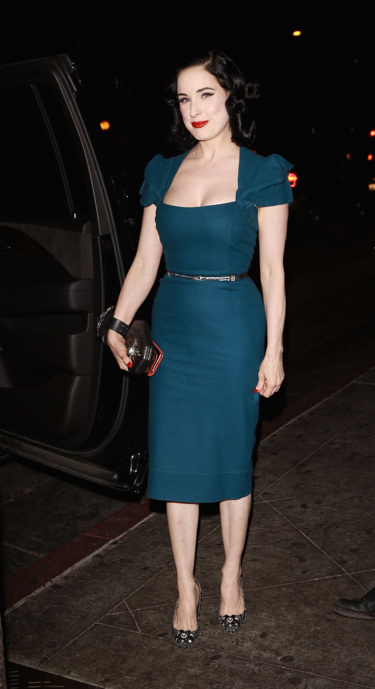 Dita Von Teese Arrives To Film Reality Show In Los