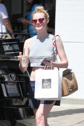 Elle Fanning - Out in Los Angeles 8/12/2016