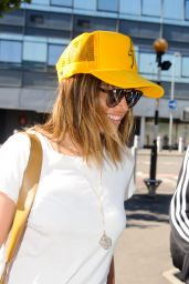 Emilia Clarke Travel Outfit - London