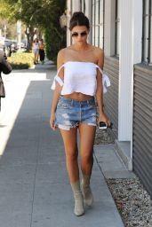 Emily Ratajkowski Summer Street Style - Los Angeles 08/11/2016