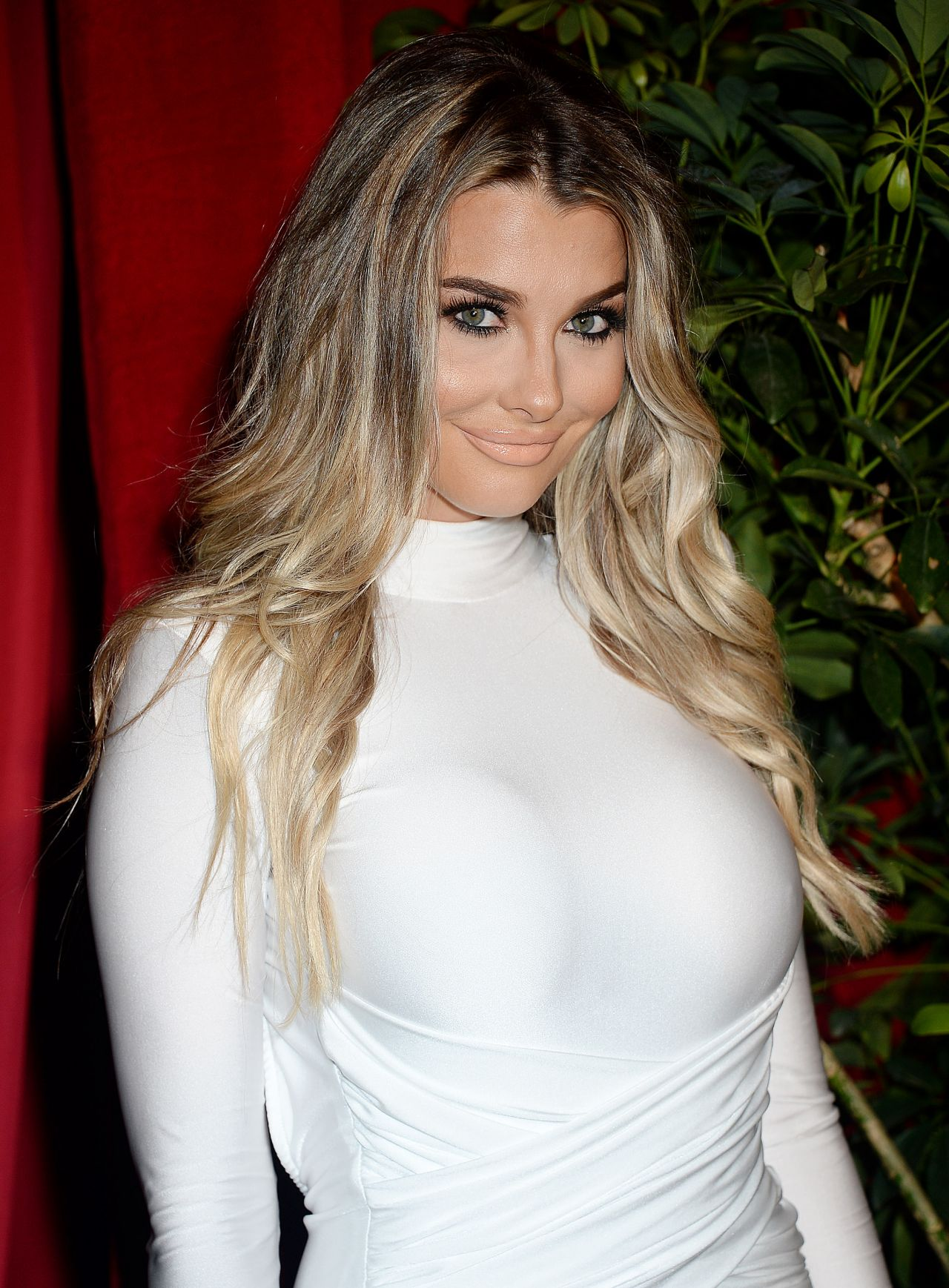 Emily Sears - 2016 Maxim Hot 100 Party in Los Angeles