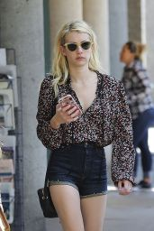 Emma Roberts - Shopping in Los Angeles 8/22/2016