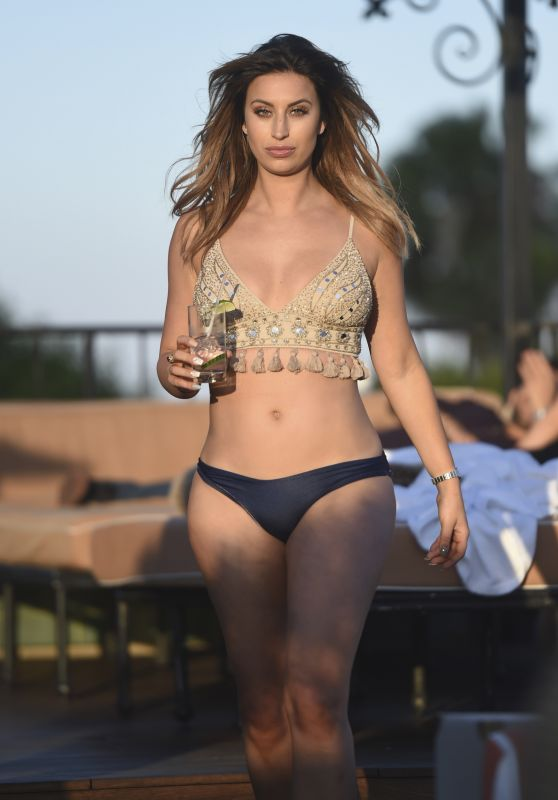Ferne McCann Bikini Pics - Lounges by the Pool in Los Angeles 8/12/2016