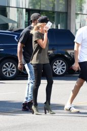 Hailey Baldwin at the Urth Cafe in Beverly Hills 8/18/2016