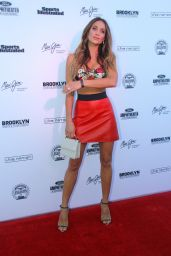 Hannah Davis - Sports Illustrated Swimsuit Summer of Swim Concert in Coney Island 8/28/2016