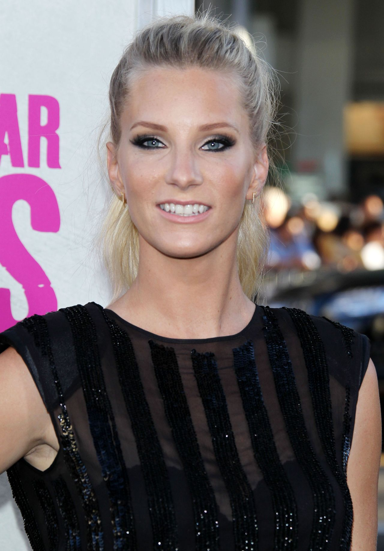 Heather Morris Warner Bros Pictures War Dogs Premiere