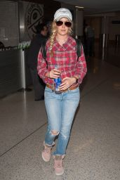 Heidi Montag - LAX Airport Los Angeles 8/28/2016
