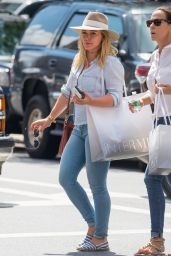 Hilary Duff - Shopping in New York City 8/12/2016