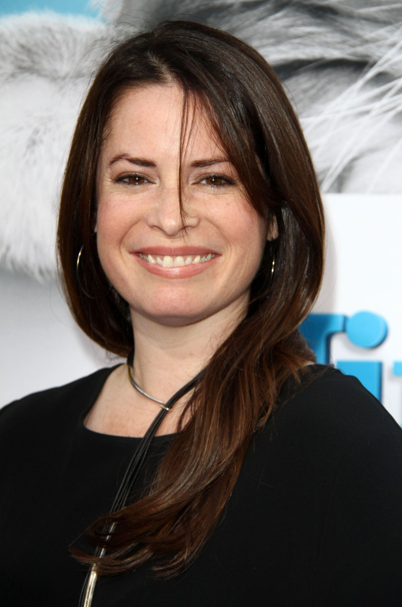 Holly Marie Combs Nine Lives Premiere In Hollywood 8 1
