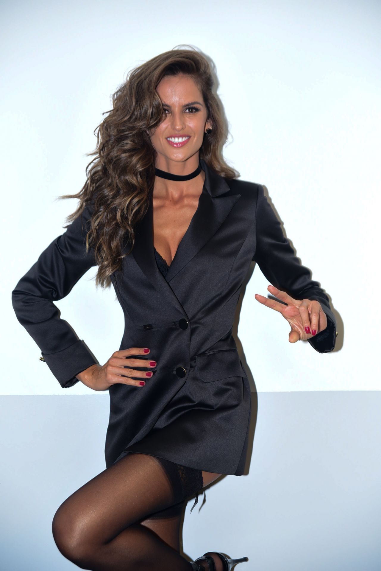 Izabel Goulart At Hope Parade Backstage And Runway In Sao