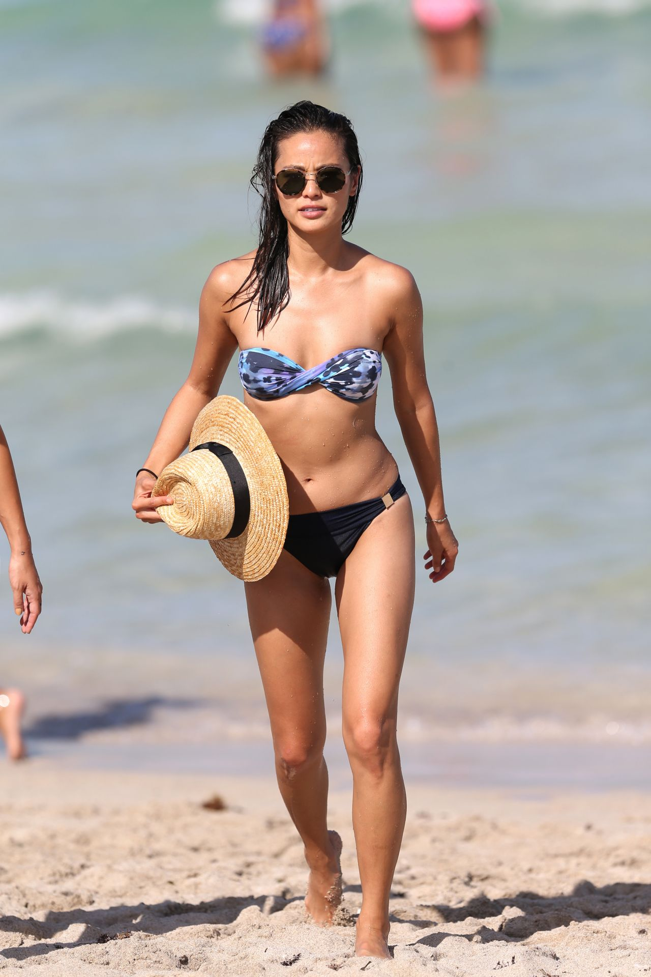 Jamie Chung In Bikini On The Beach In Miami Fl 8 5 2016