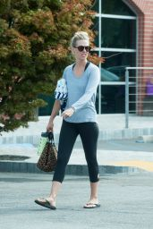 January Jones Street Style - Out in Los Angeles 8/28/2016