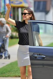 Jennifer Garner - Out in Pacific Palisades 8/7/2016
