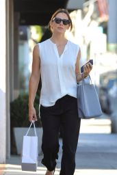 Jennifer Garner - Shopping in Los Angeles 8/11/2016