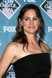 Jennifer Garner – Teen Choice Awards 2016 in Inglewood, CA