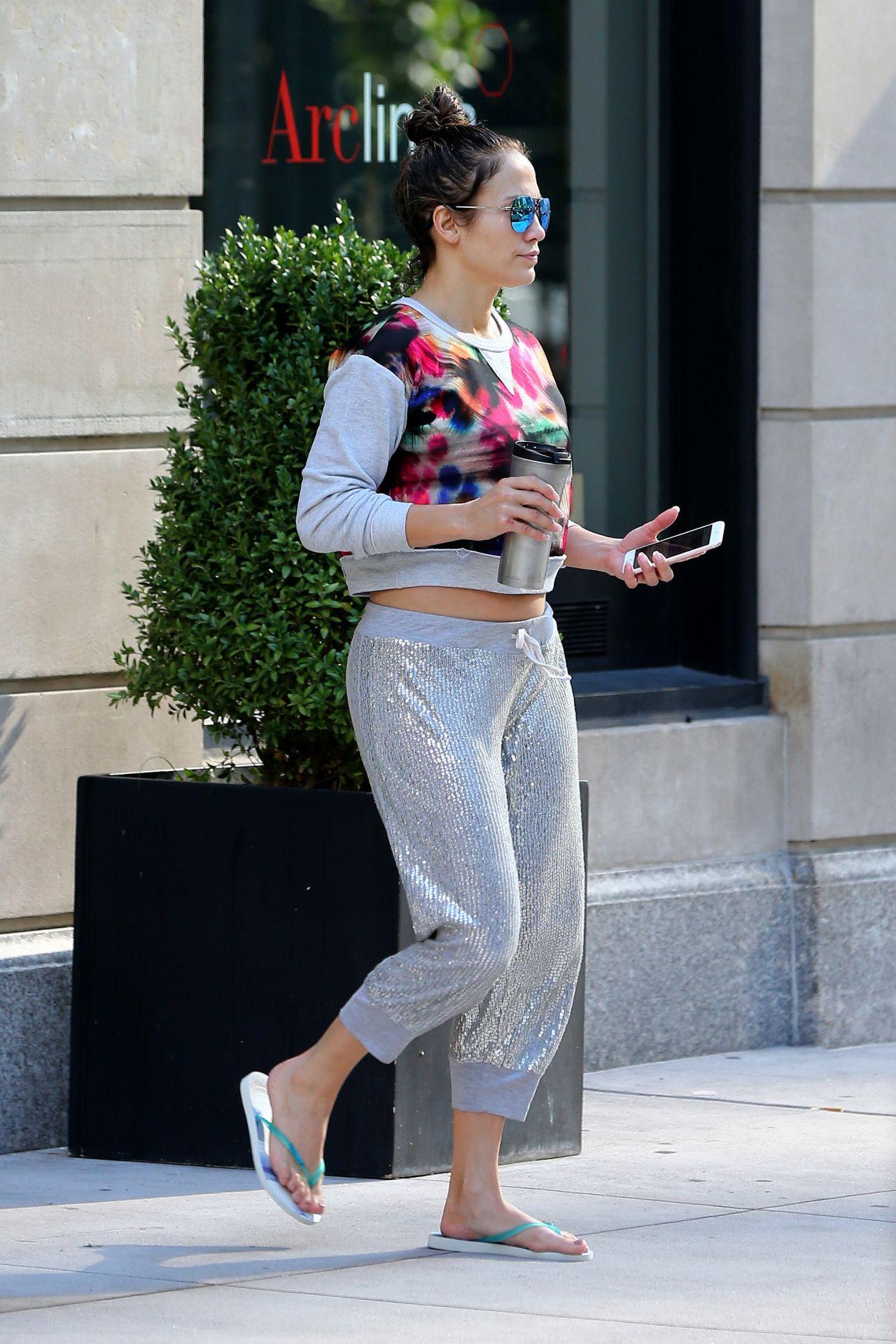 jennifer lopez casual style new york 8152016