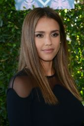 Jessica Alba – Teen Choice Awards 2016 in Inglewood, CA