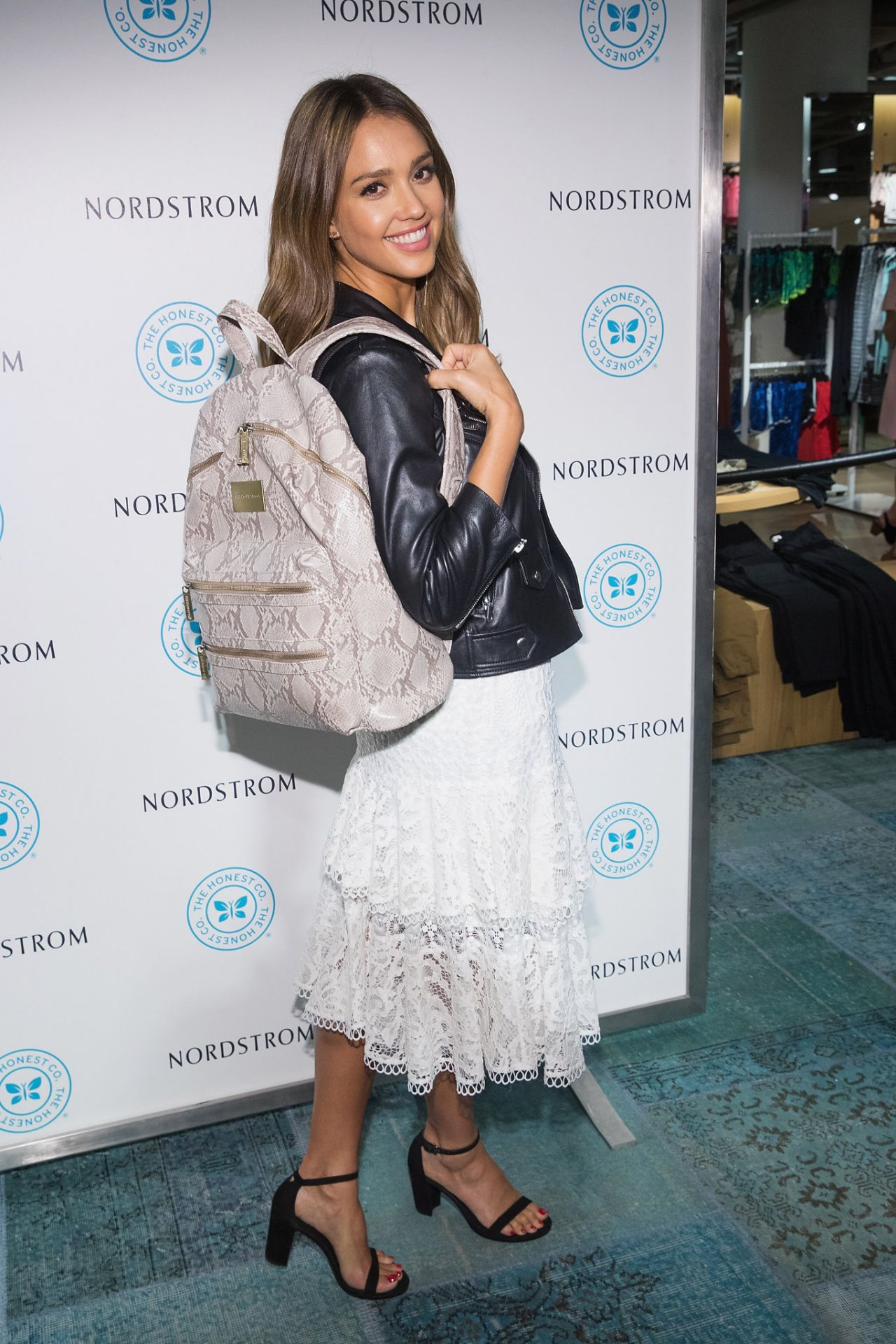 http://celebmafia.com/wp-content/uploads/2016/08/jessica-alba-the-honest-company-brand-backpack-at-nordstrom-downtown-seattle-8-4-2016-3.jpg