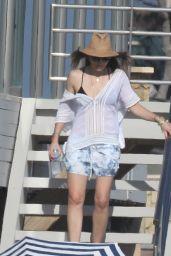 Jessica Biel in Malibu 08/07/2016