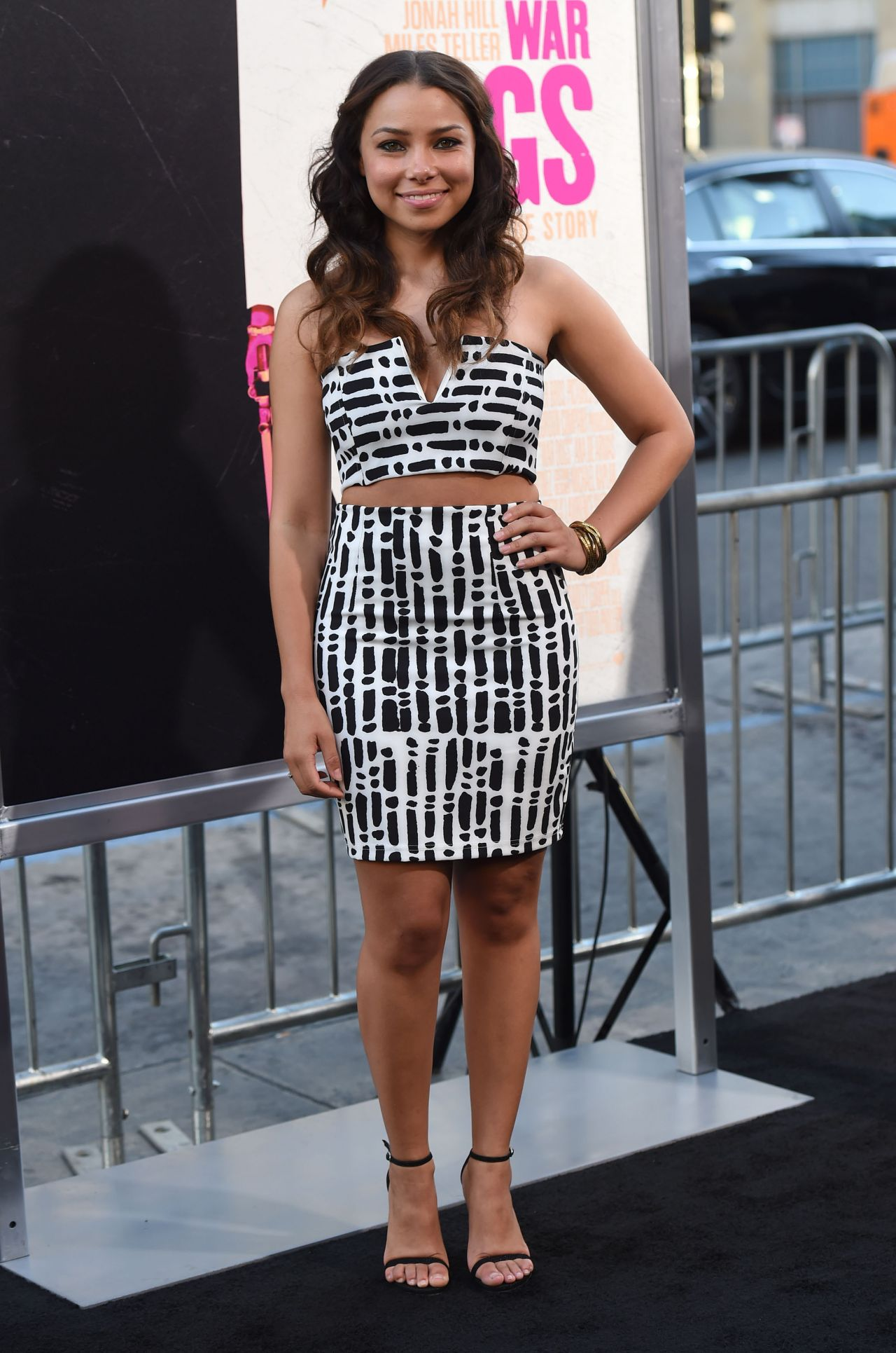 Jessica Parker Kennedy Warner Bros Pictures War Dogs
