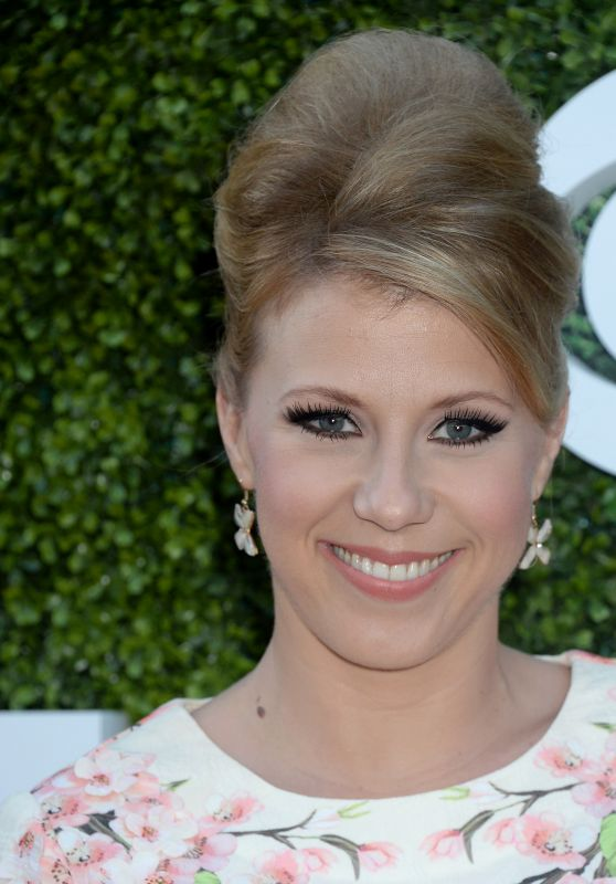 Jodie Sweetin – CBS, CW and Showtime Summer TCA Press Tour in West Hollywood 8/10/2016