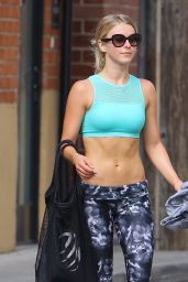 Julianne Hough - Leaving a Gym in Los Angeles 8/10/2016