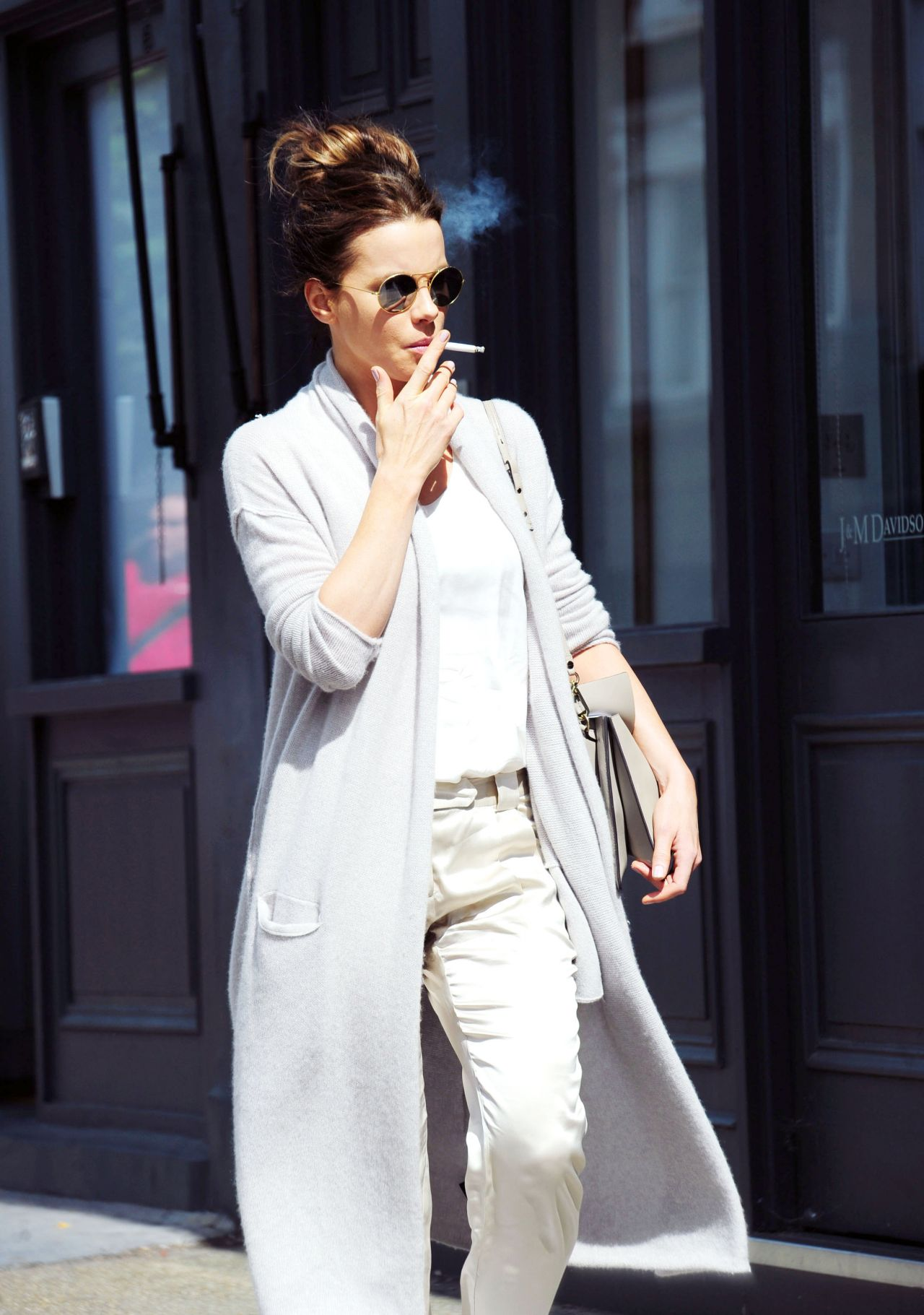 Kate Beckinsale Shoppingl In London 8 3 2016
