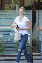 Kate Upton - Out For Lunch at Ollo in Malibu 8/9/2016