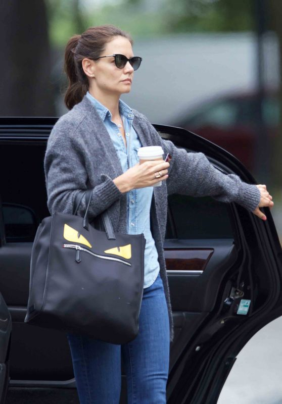 Katie Holmes - Arrives to Her Hotel Savannah, GA 7/31/2016